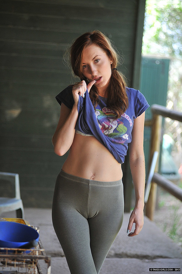 Teen With Leggings Porn